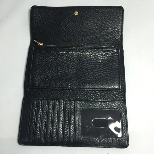 Marc by Marc Jacobs MARC BY MARC JACOBS NEW Q LONG TRIFOLD WALLET