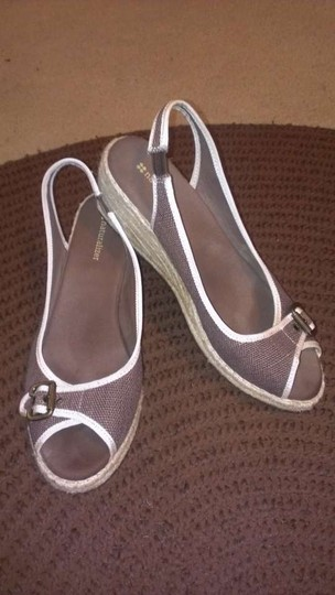Naturalizer Brown/Tan Wedges