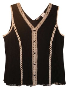 Worthington Classic Lace Machine Washable Comfortable Breathable Sleeveless V-neck Structured Durable Plus-size Top Black and White