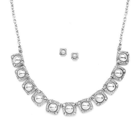 Preload https://item4.tradesy.com/images/mariell-silver-vintage-and-earring-set-with-white-pearls-4244s-necklace-3459013-0-0.jpg?width=440&height=440