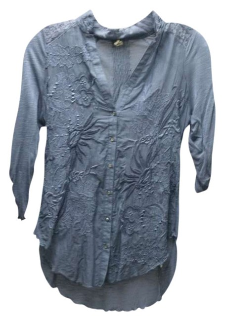 Item - Blue From Anthropologie Blouse with Floral Knit Detail Button-down Top Size Petite 2 (XS)