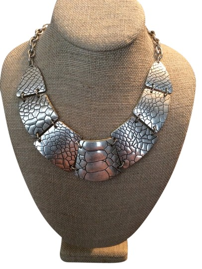 Preload https://item4.tradesy.com/images/premier-designs-silver-gold-exotic-necklace-3459433-0-0.jpg?width=440&height=440