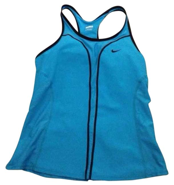 Preload https://item1.tradesy.com/images/nike-activewear-top-size-8-m-29-30-3460000-0-0.jpg?width=400&height=650