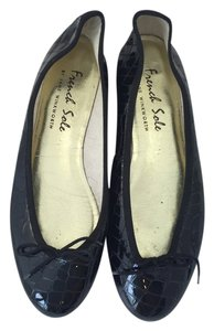 London Sole French Black Flats