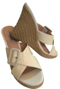 Charles David Espadrille Designer white Wedges