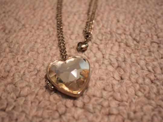 Forever 21 Gold heart pendant locket necklace
