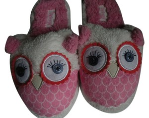 Nick & Nora Owl Slippers Soft Fuzzy Pink Boots