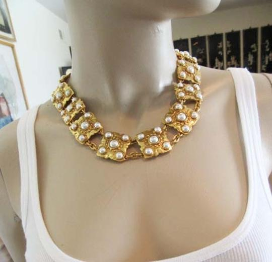 Chanel Auth CHANEL Gold Plated Vintage Necklace with Pearls, MINT