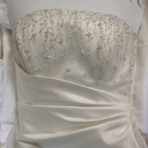 Maggie Sottero Ivory Dion Formal Wedding Dress Size 12 (L)