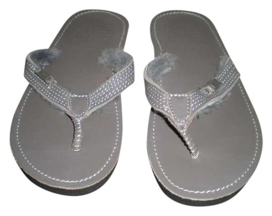 Preload https://img-static.tradesy.com/item/346694/emu-grey-leather-flip-flops-sandals-size-us-6-regular-m-b-0-0-540-540.jpg