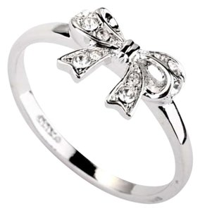 18k White Gold Plated Bowknot Ring