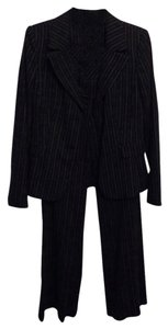 Caslon Black two-piece suit
