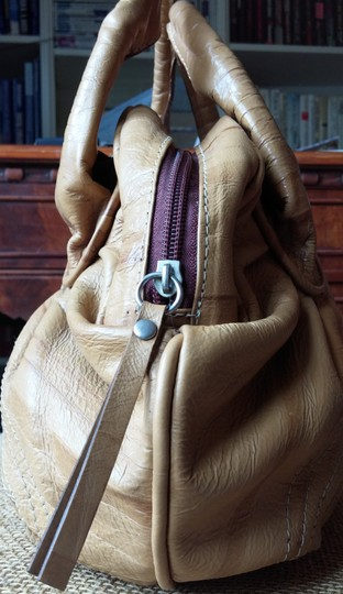 fort couro Satchel in butter scotch