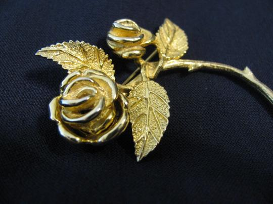 "House of Schrager House of Schrager Gold Plated Rose Brooch Quality Piece 1950s Costume Large 3"" RARE Pin"