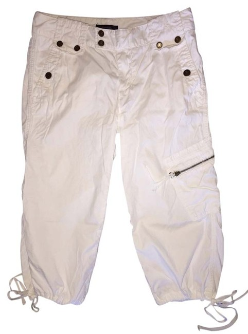 Preload https://item2.tradesy.com/images/express-white-capris-size-6-s-28-3471166-0-0.jpg?width=400&height=650