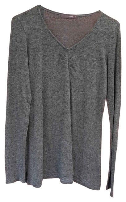 Preload https://item2.tradesy.com/images/cut-loose-gray-n-sweaterpullover-size-8-m-3471286-0-0.jpg?width=400&height=650