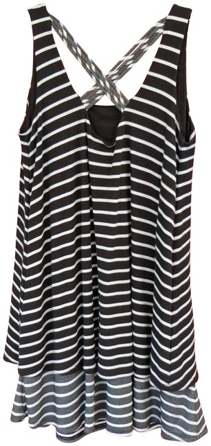 Preload https://item3.tradesy.com/images/black-and-white-tank-topcami-size-petite-2-xs-3471577-0-2.jpg?width=400&height=650