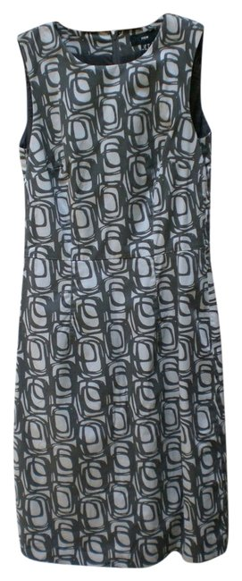 Preload https://item5.tradesy.com/images/h-and-m-dress-grey-3471889-0-0.jpg?width=400&height=650