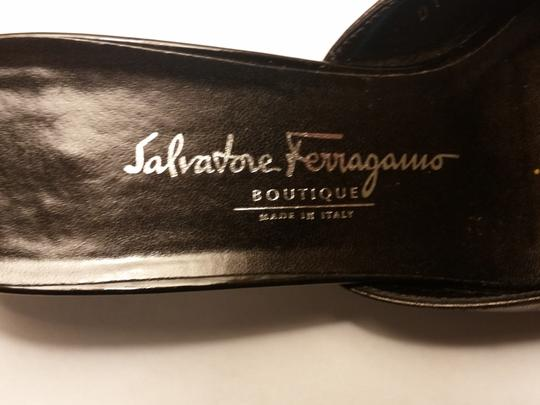Salvatore Ferragamo Boutique Leather Bows Made In Italy Black Sandals