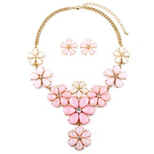 Mariell Light Pink Flower Power Statement Necklace Set 4335s-ltpk-g