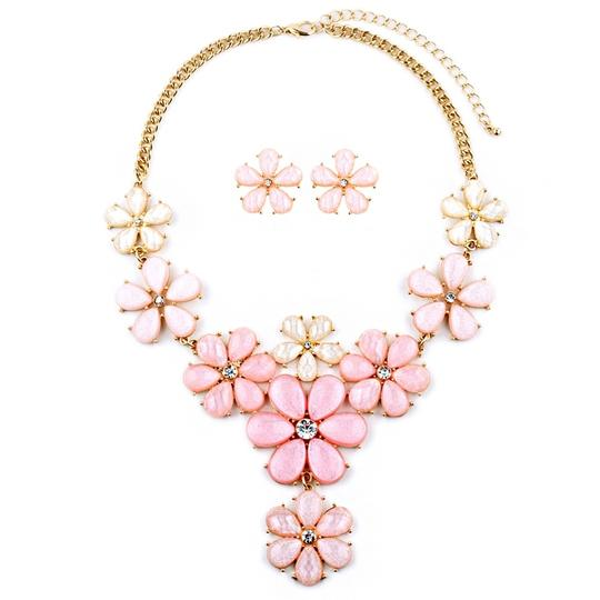 Preload https://item3.tradesy.com/images/mariell-light-pink-flower-power-statement-4335s-ltpk-g-necklace-3473722-0-0.jpg?width=440&height=440