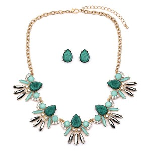 Mariell Mint Opal Green Glitter Statement Necklace Set 4336s-gn-g