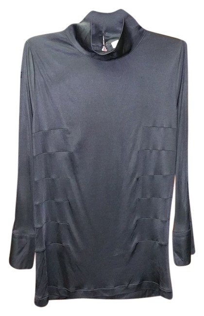 Preload https://item4.tradesy.com/images/costume-national-split-arm-and-back-detail-black-night-out-top-size-6-s-3474088-0-0.jpg?width=400&height=650