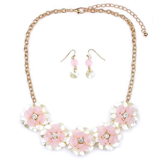 Preload https://img-static.tradesy.com/item/3474097/mariell-pink-pearlized-flower-for-or-prom-4332s-pk-g-necklace-0-0-540-540.jpg