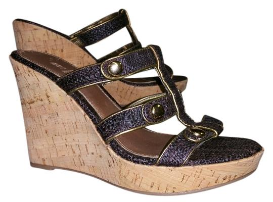 Preload https://item2.tradesy.com/images/bakers-brown-and-natural-wedges-size-us-65-regular-m-b-3474106-0-0.jpg?width=440&height=440