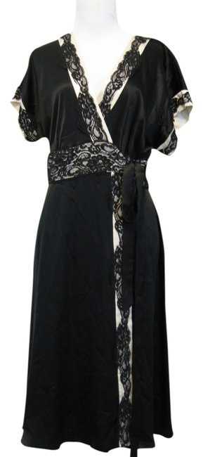 Preload https://item3.tradesy.com/images/bcbgmaxazria-black-knee-length-cocktail-dress-size-2-xs-3474502-0-0.jpg?width=400&height=650