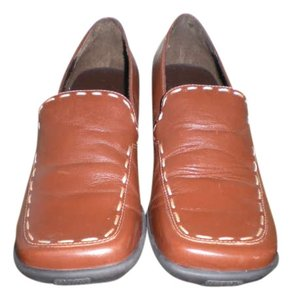 Aerosoles Brown Camel Leather Flats