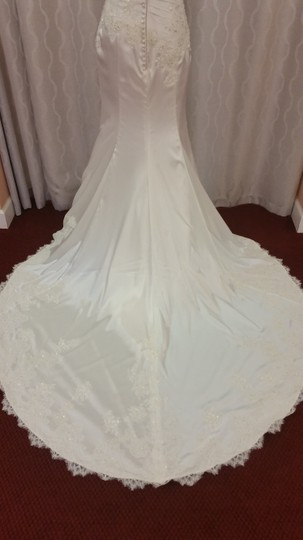 Enzoani Ivory Shimmer Satin Catherine By Wedding Dress Size 14 (L)