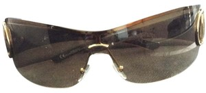 Gucci Gucci Sunglasses With Rhinestone Detailing