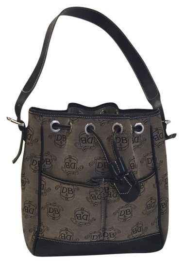 Preload https://item3.tradesy.com/images/dooney-and-bourke-tote-bag-black-3478072-0-0.jpg?width=440&height=440