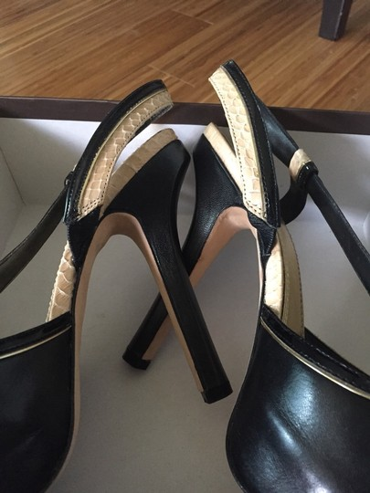 bebe Black/beige Pumps
