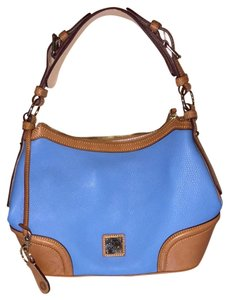 Dooney & Bourke Tote in Turquoise And Tan
