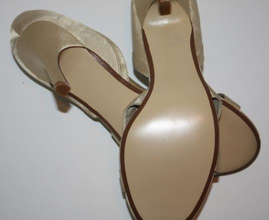 Ann Marino Sandal Soft Gold Pumps