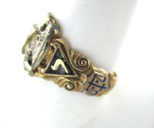 Vintage 10KT YELLOW GOLD RING MASONIC DIAMOND 6.3DWT EAGLE NUMBER 32 CROSS VINTAGE FLAG