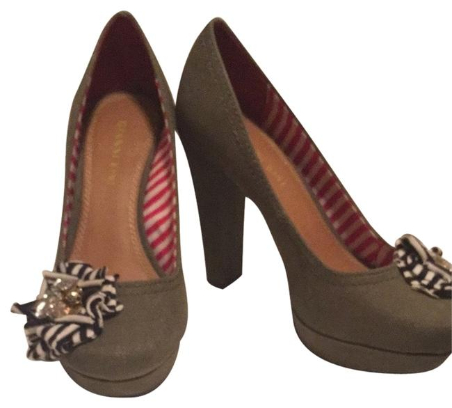 Gianni Bini Olive with Navy and White Accents Pumps Size US 7 Regular (M, B) Gianni Bini Olive with Navy and White Accents Pumps Size US 7 Regular (M, B) Image 1