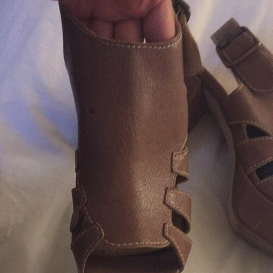 United Colors of Benetton Camel Sandals