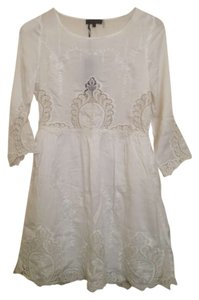 Lulumari short dress White Lovely Vintage Embroidered on Tradesy