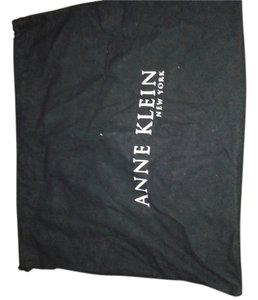 AK Anne Klein ANNE KLEIN Large sleeper/dustbag