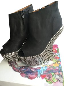 Jeffrey Campbell Black and silver Wedges