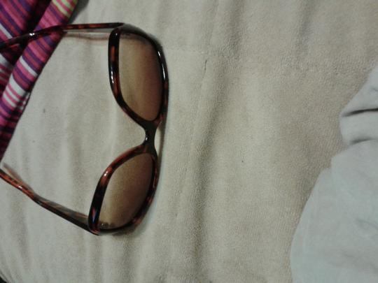 Nine West Nine West animal print sunglasses