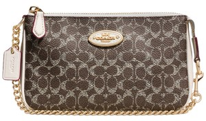 Coach Wristlet in LI/SADDLE/CHALK