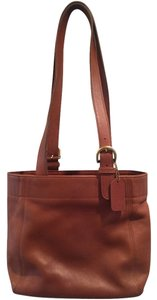 Coach Tote in British Tan