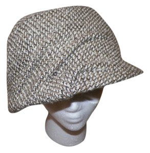 50e311fc2a5 Chanel Hats on Sale - Up to 70% off at Tradesy