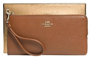 Coach Coach phone wallet, multi-function wallet (ship via priority mail ) (boxed)