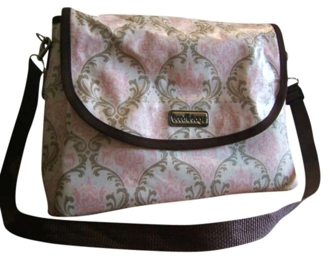 Item - Messenger Style In Water Resistant Cream Pink Tan Brown Damask Woven Wipable Tote