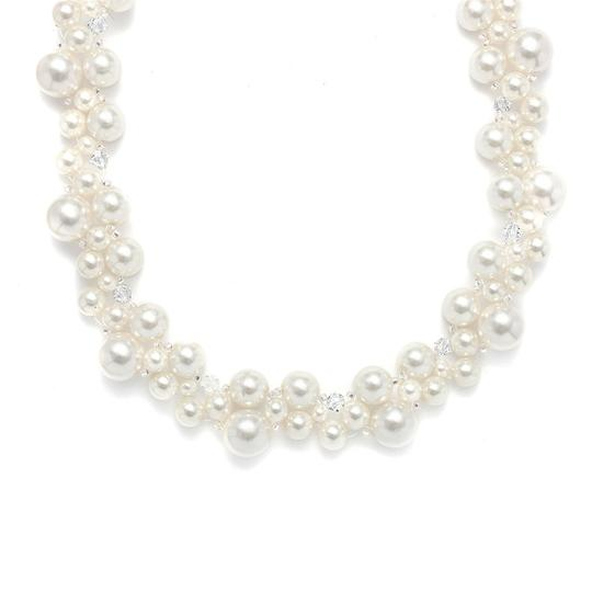 Preload https://img-static.tradesy.com/item/3493489/mariell-crystal-and-pearl-bubbles-2113n-necklace-0-0-540-540.jpg